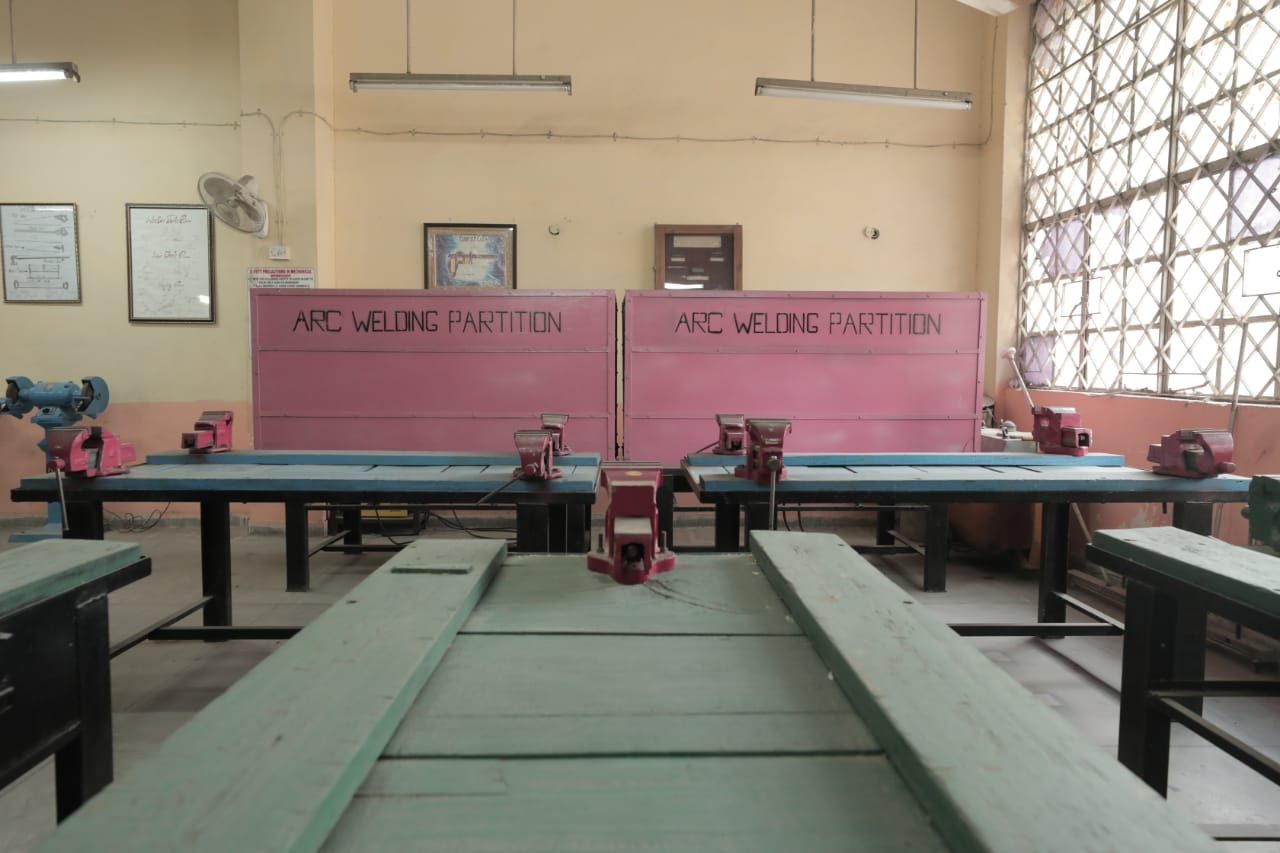 Pitampura Gallery